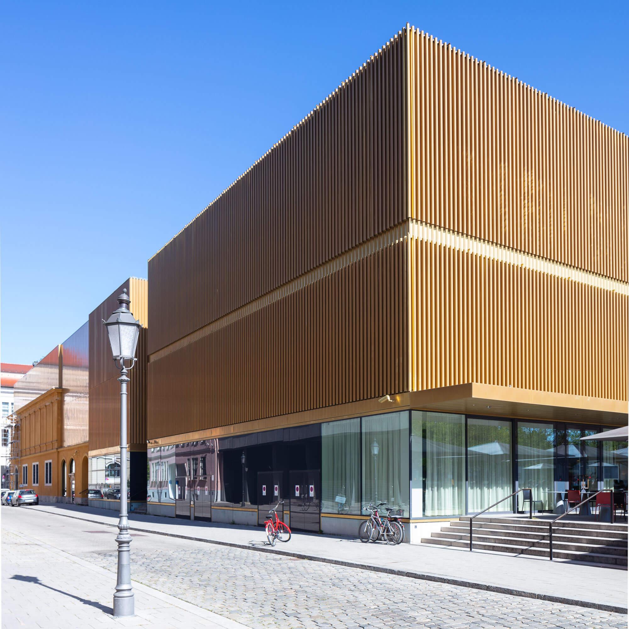 moderne Architektur in München, Lenbachhaus